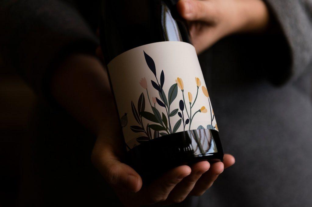 מיתוג לבקבוק יין